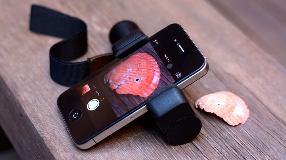iPhone macro photography using the Shoulderpod S1 as a stand