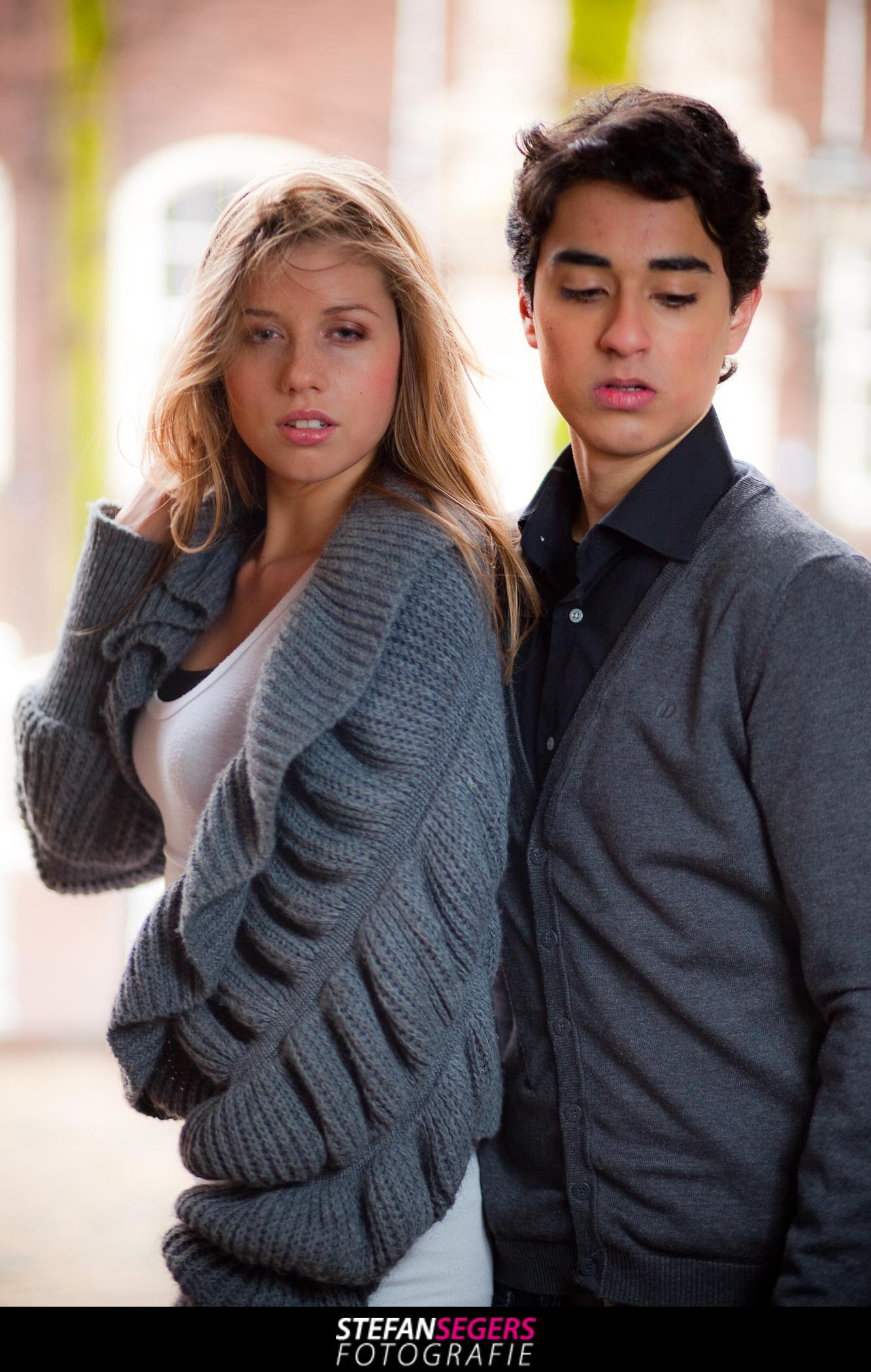 Model Sue Ann en Dave onder Scheve Jan