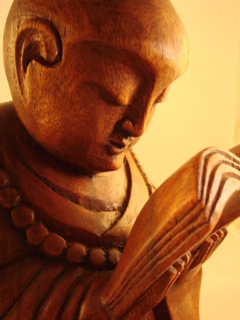 Buddha reading
