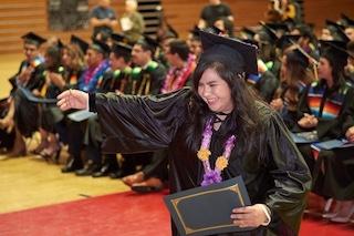 Center Student Victoria