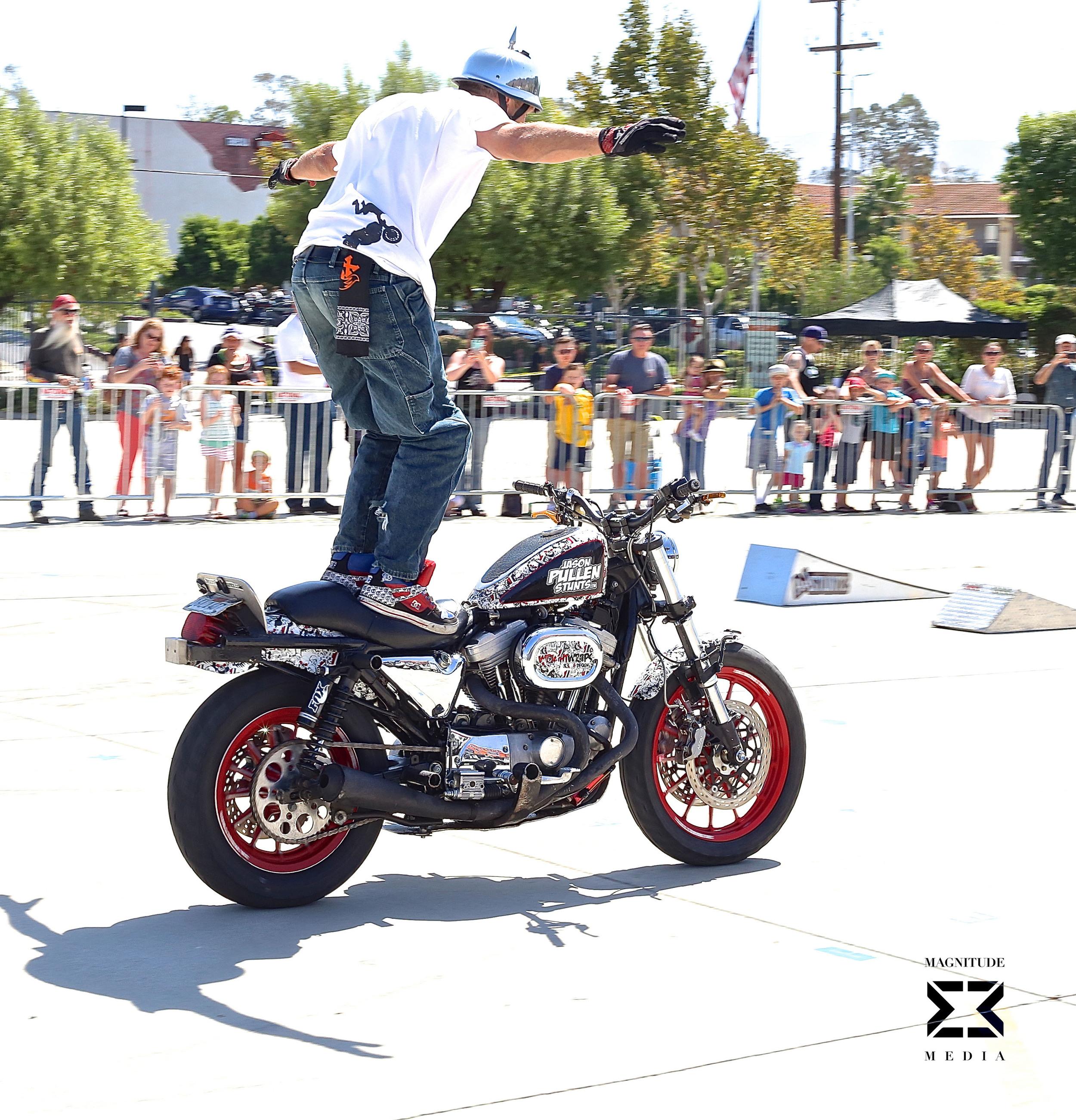 stunt37.jpg