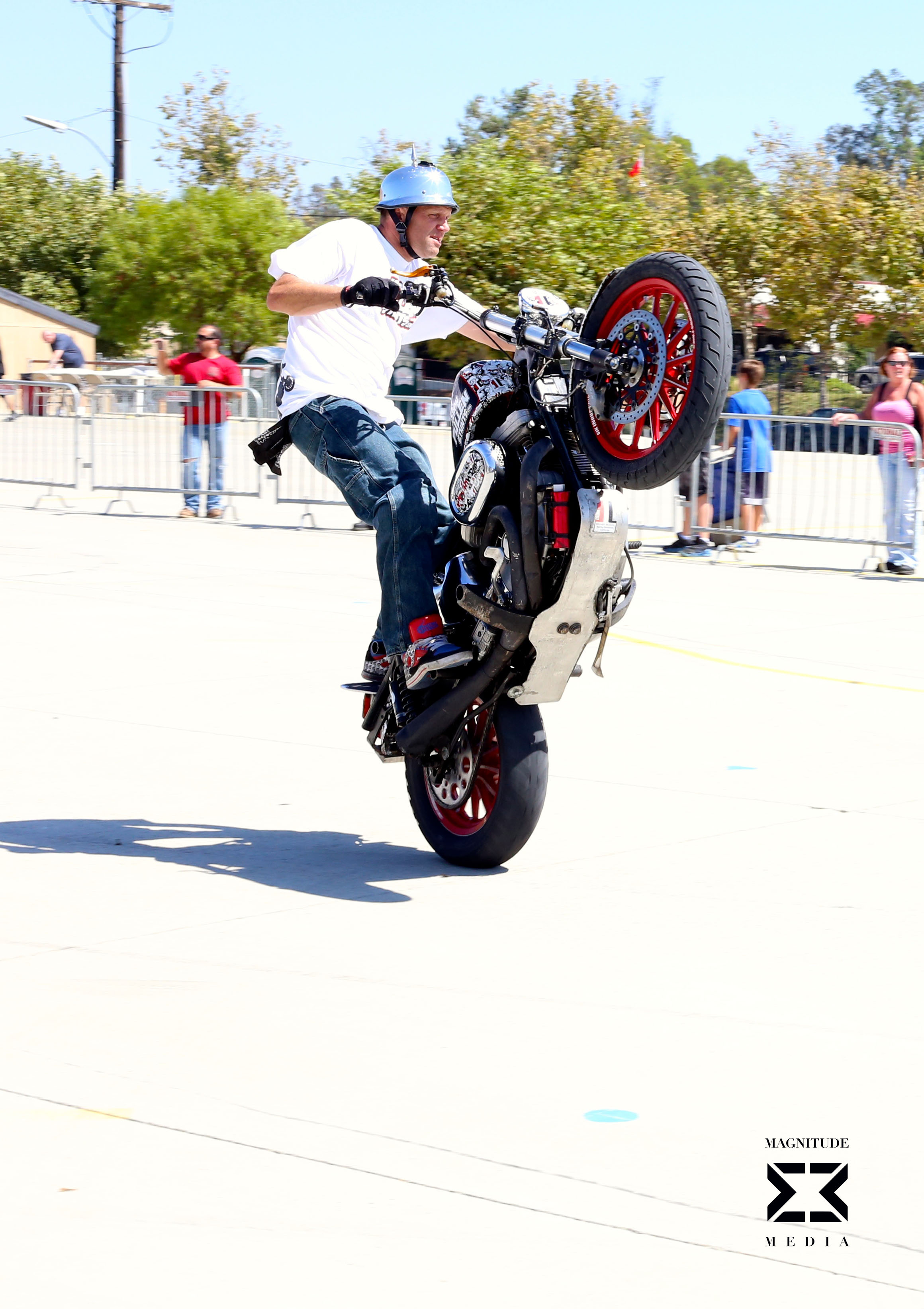 stunt40.jpg