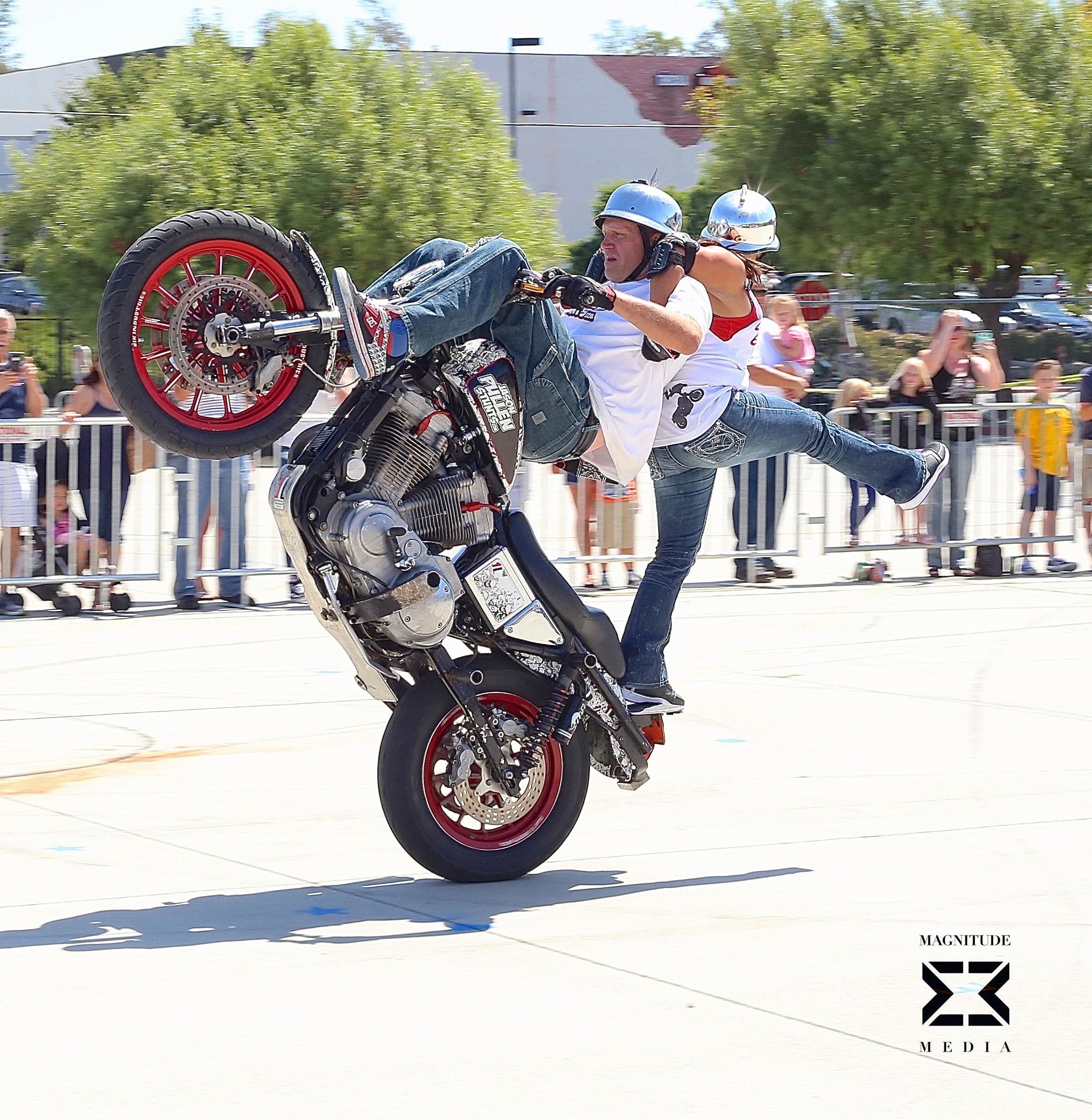 stunt21.jpg