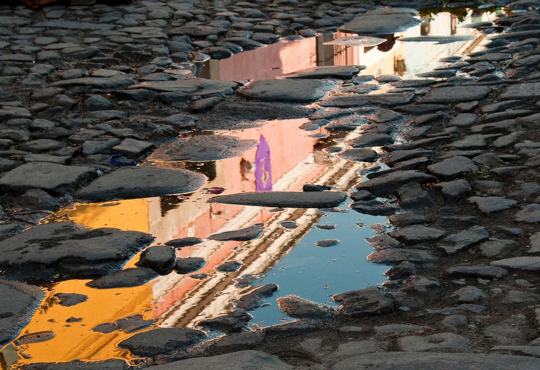 Antigua-reflections-reflejos.jpg