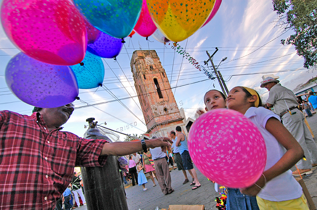 Helium-balloons.jpg
