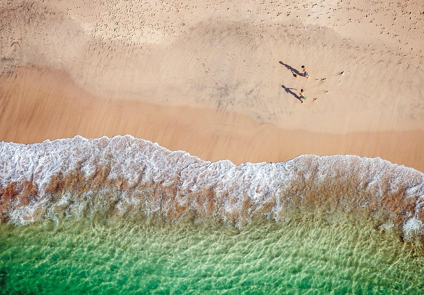 Niños-Fut-playa.jpg