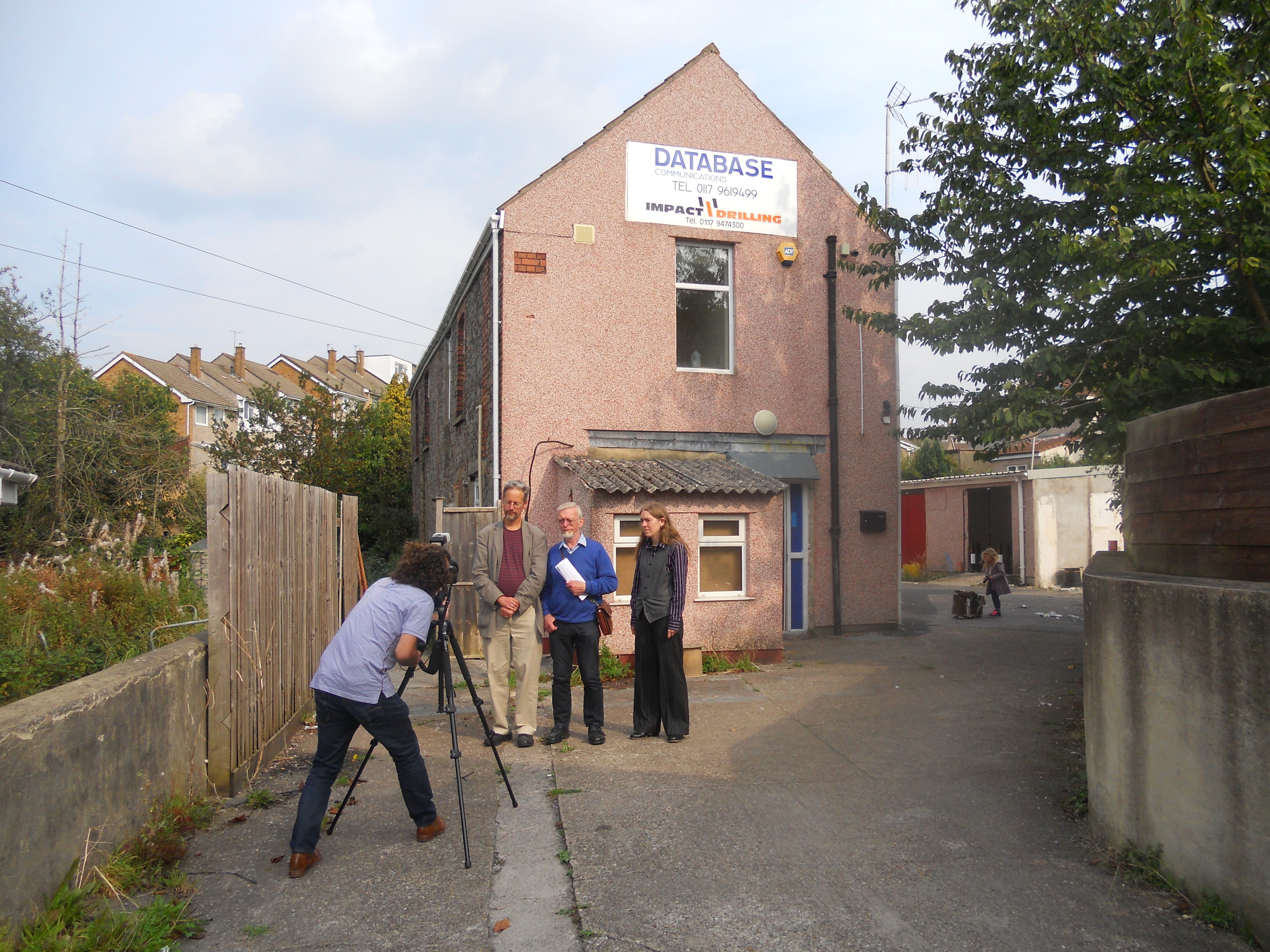 Photo session on site with AEOB members