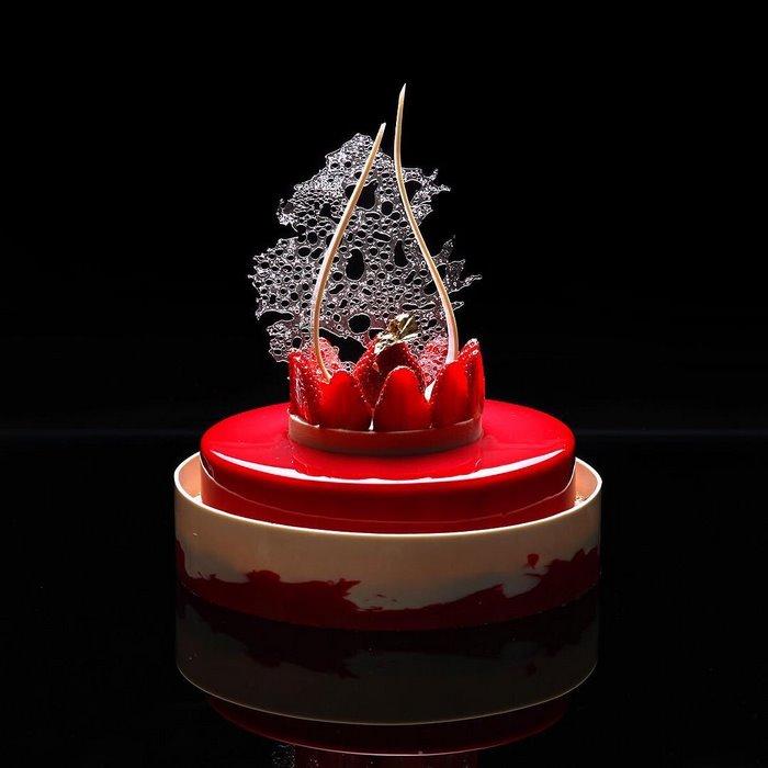 architectural-cake-designs-patisserie-dinara-kasko-016.jpg