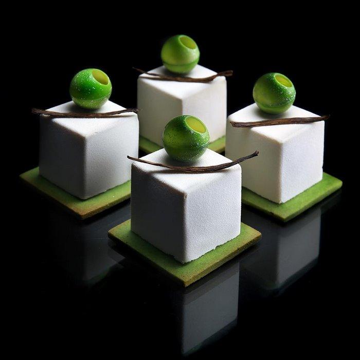 architectural-cake-designs-patisserie-dinara-kasko-017.jpg