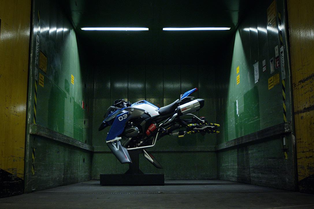 BMW-Motorrad-LEGO-Technic-Hover-Ride-Design-Concept-04.jpg