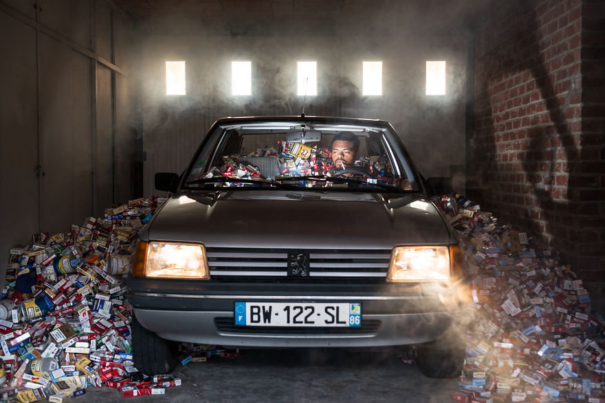 4-years-trash-365-unpacked-photographer-antoine-repesse-5-594910d6315d5__880.jpg