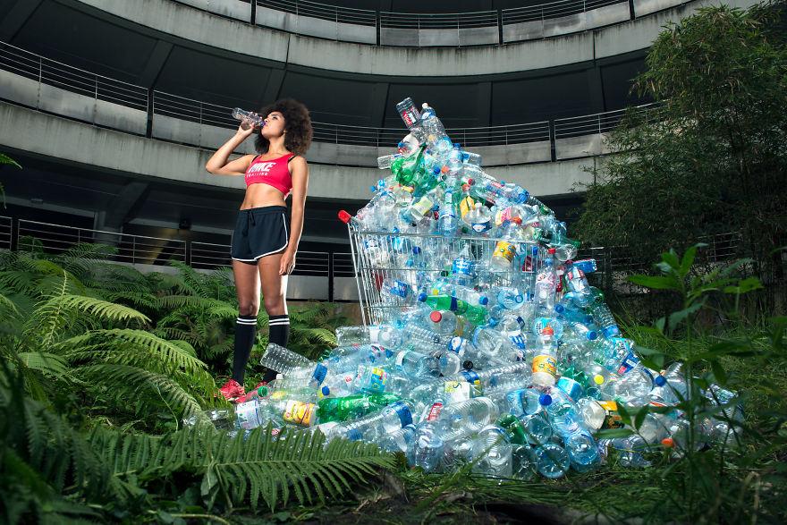 4-years-trash-365-unpacked-photographer-antoine-repesse-1-594910c011009__880.jpg