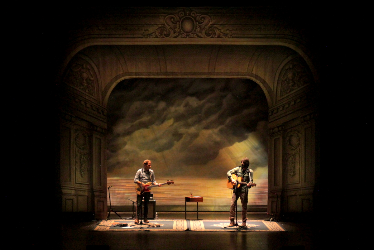 Acoustic - Just Passing Through Tour