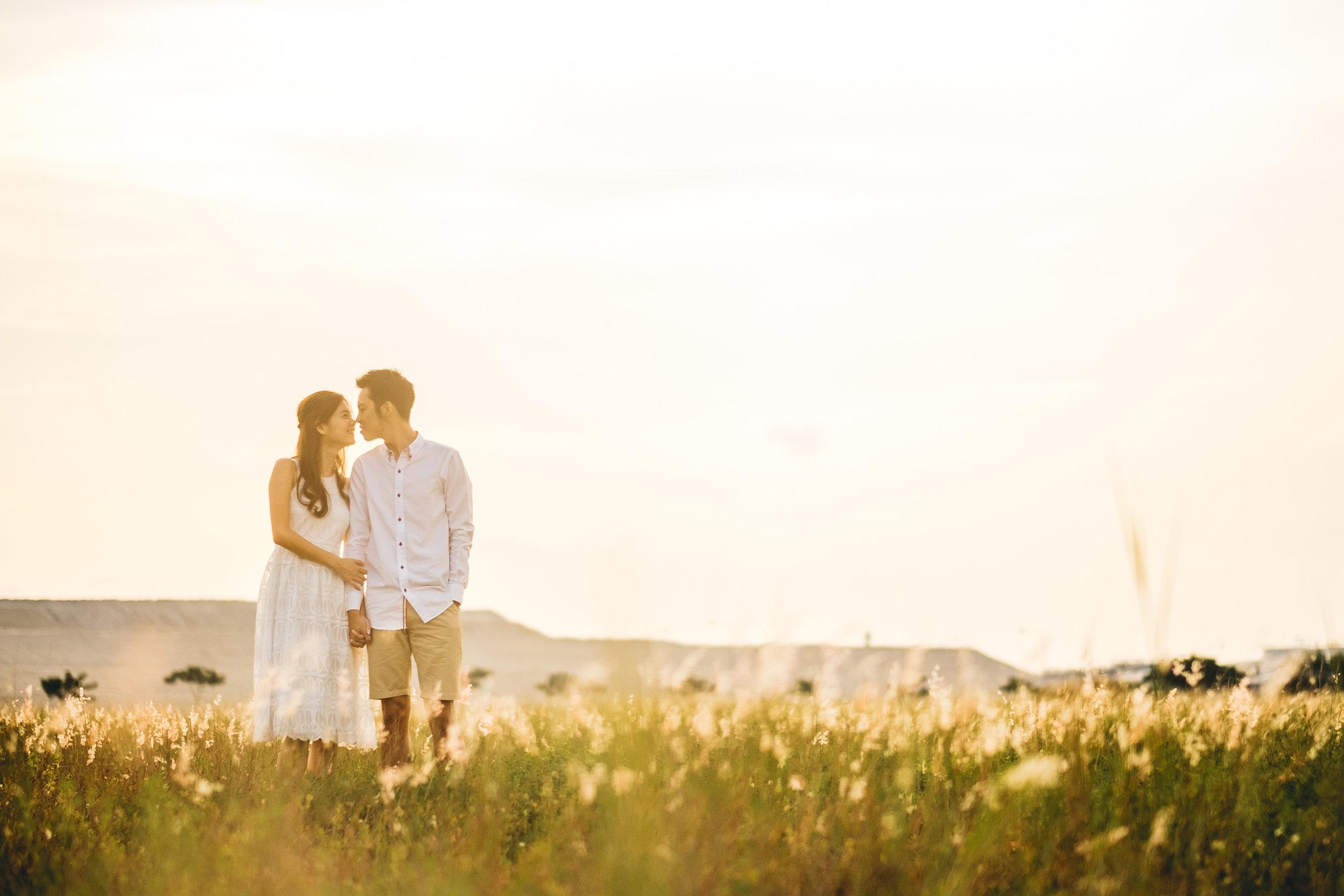 Juxtapose Pix - Pre-Wedding - Mark & Therese - Tuas Sunset 00001.jpg