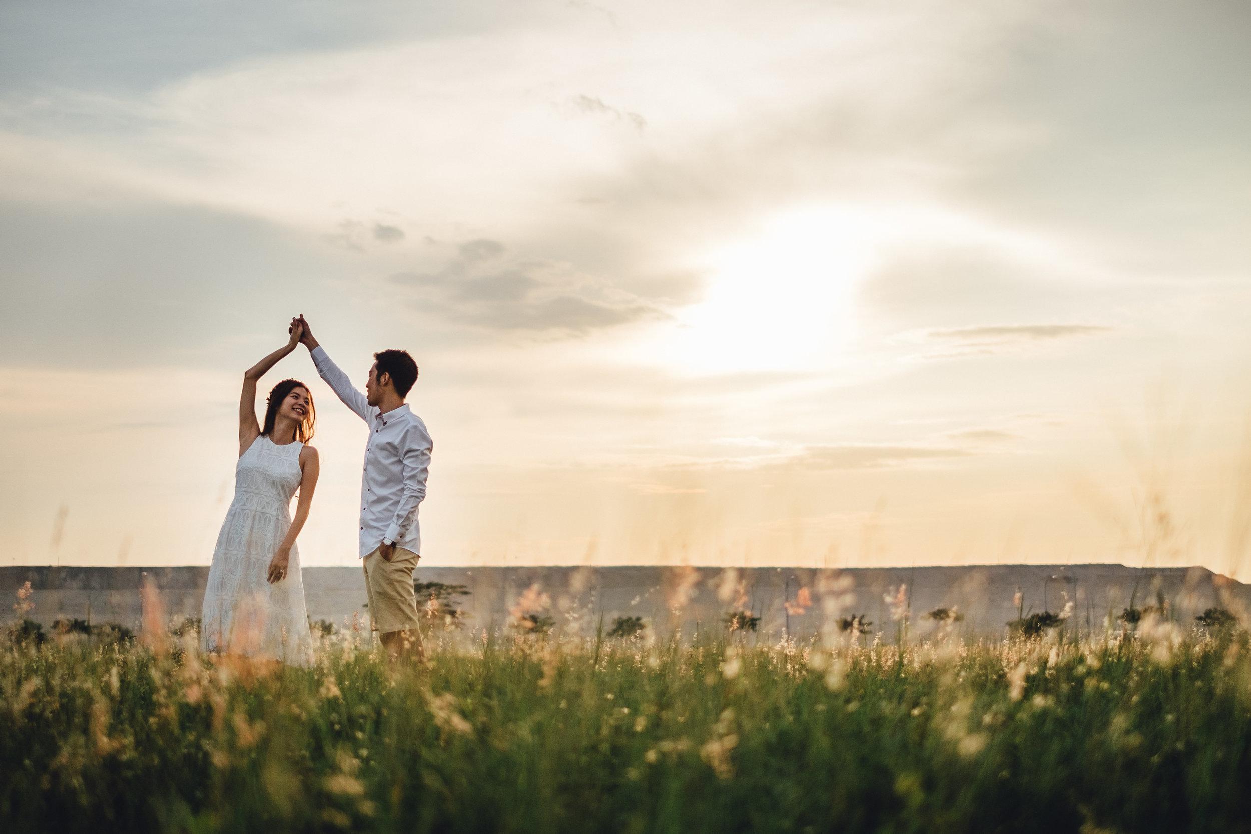Juxtapose Pix - Pre-Wedding - Mark & Therese - Tuas Sunset 00006.jpg