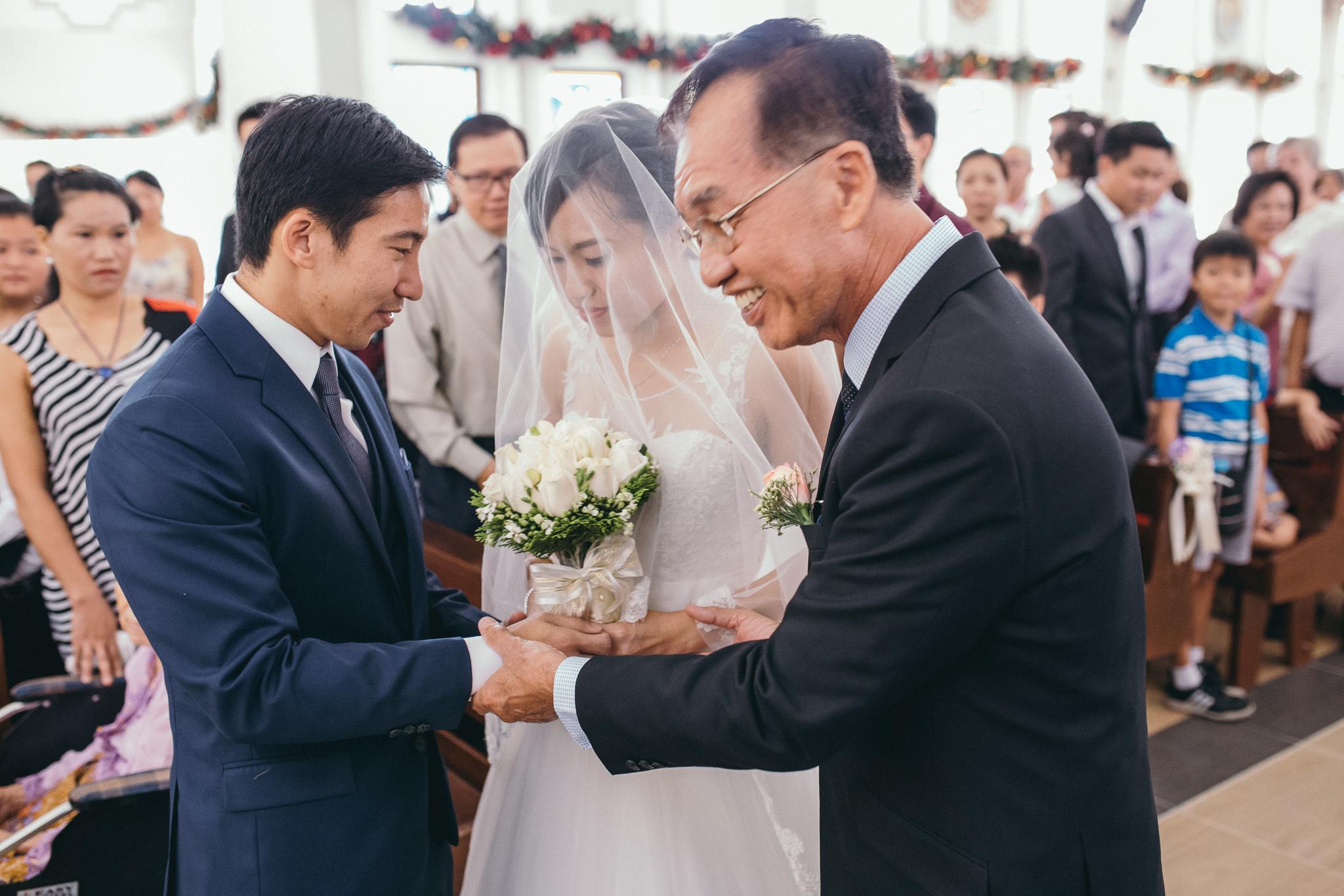 Juxtapose Pix - Wedding - Kelvin & Serene - church regent hotel 00026.jpg