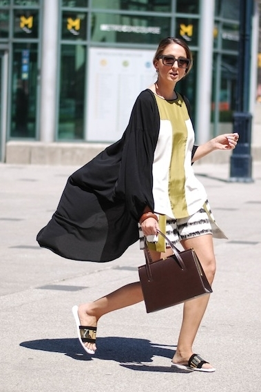 JUSTINE IABONI wears size 4