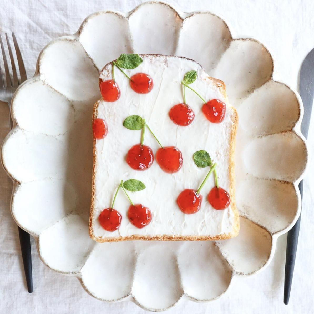 cherries bread