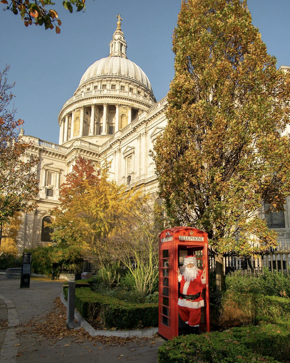 santa claus london red telephone box