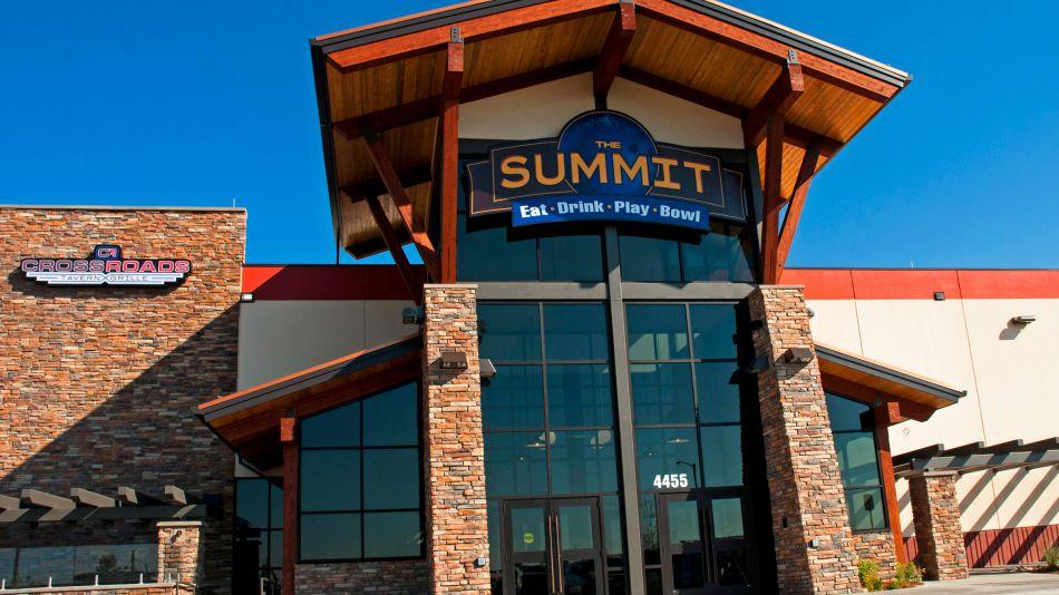 ns_fec_the_summit_windsor_co_16x9_02_950_534_80_s_c1.jpg