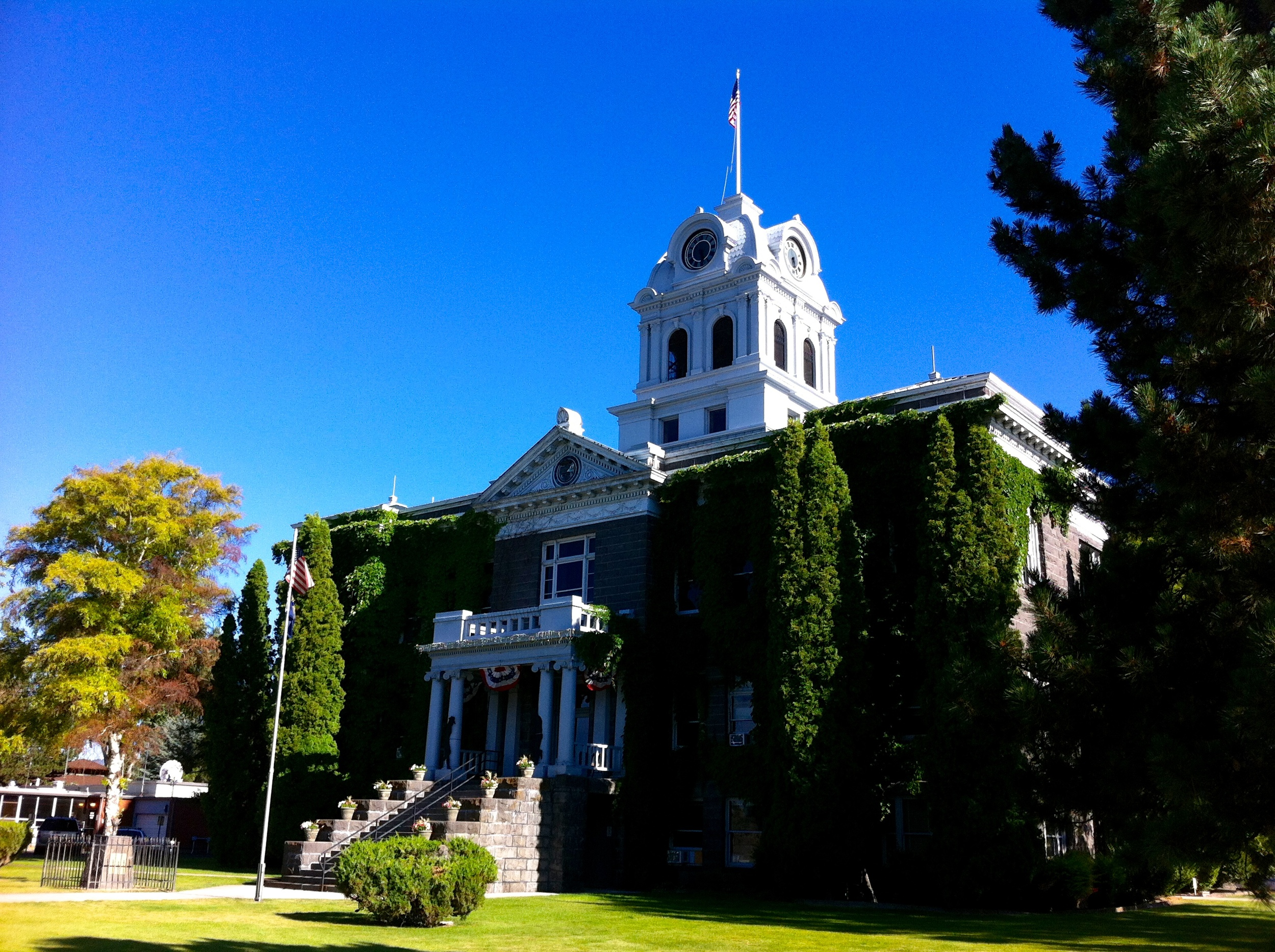 Prineville Courthouse
