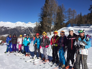 Beginner groups enjoying the amazing weather in Marilleva
