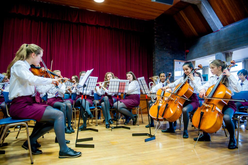 VCB-Orchestra-7143-tny.jpg