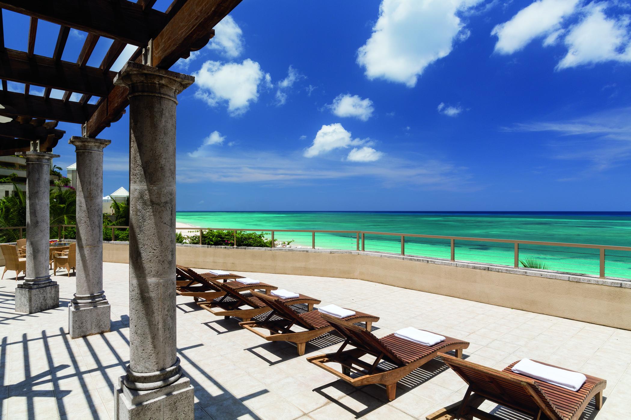 Ritz Carlton Grand Cayman 2.jpg
