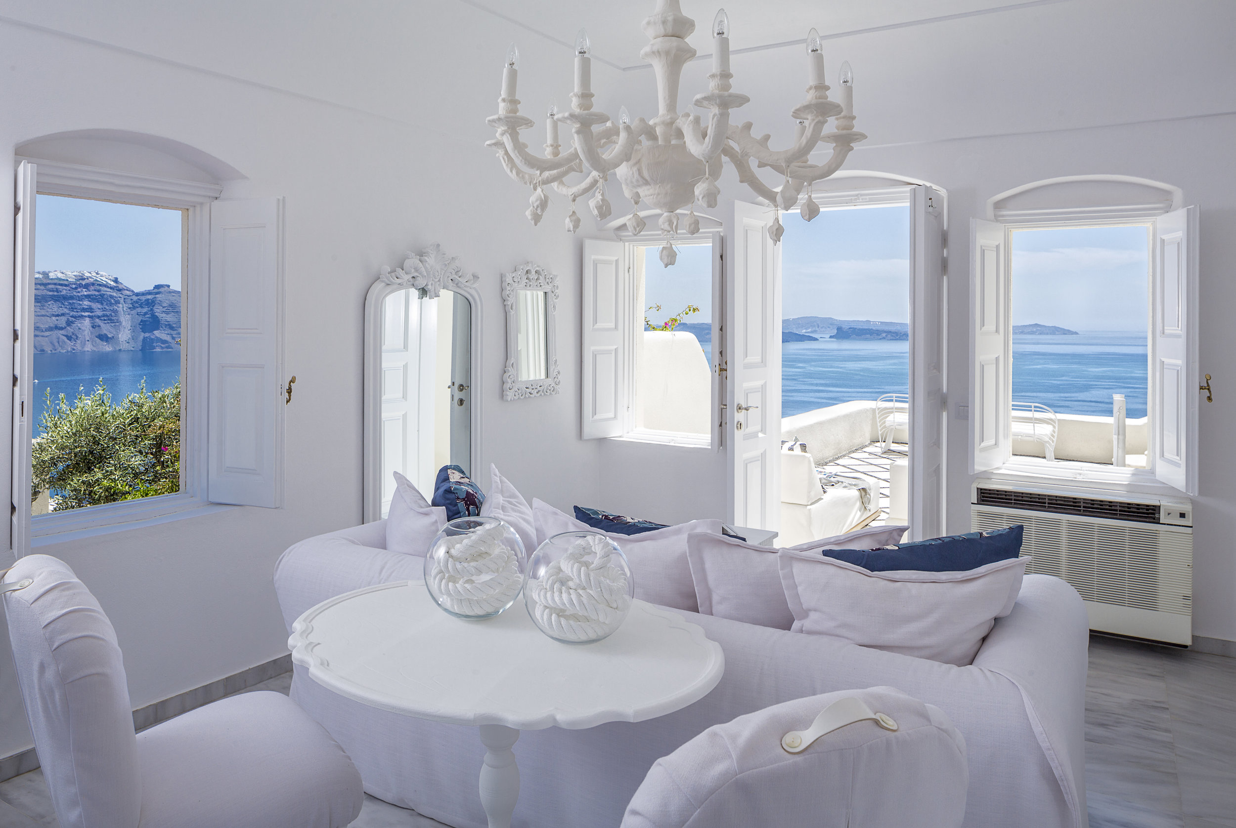 Canaves Oia Suites Renovation 2014_13.jpg