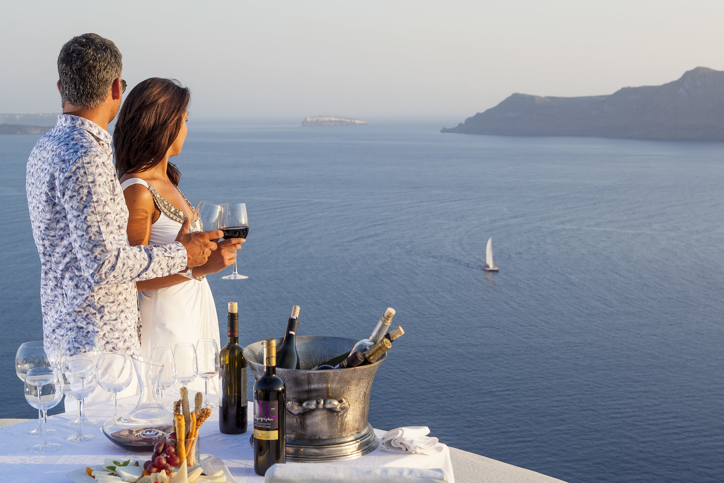 Canaves Oia Suites_24.jpg