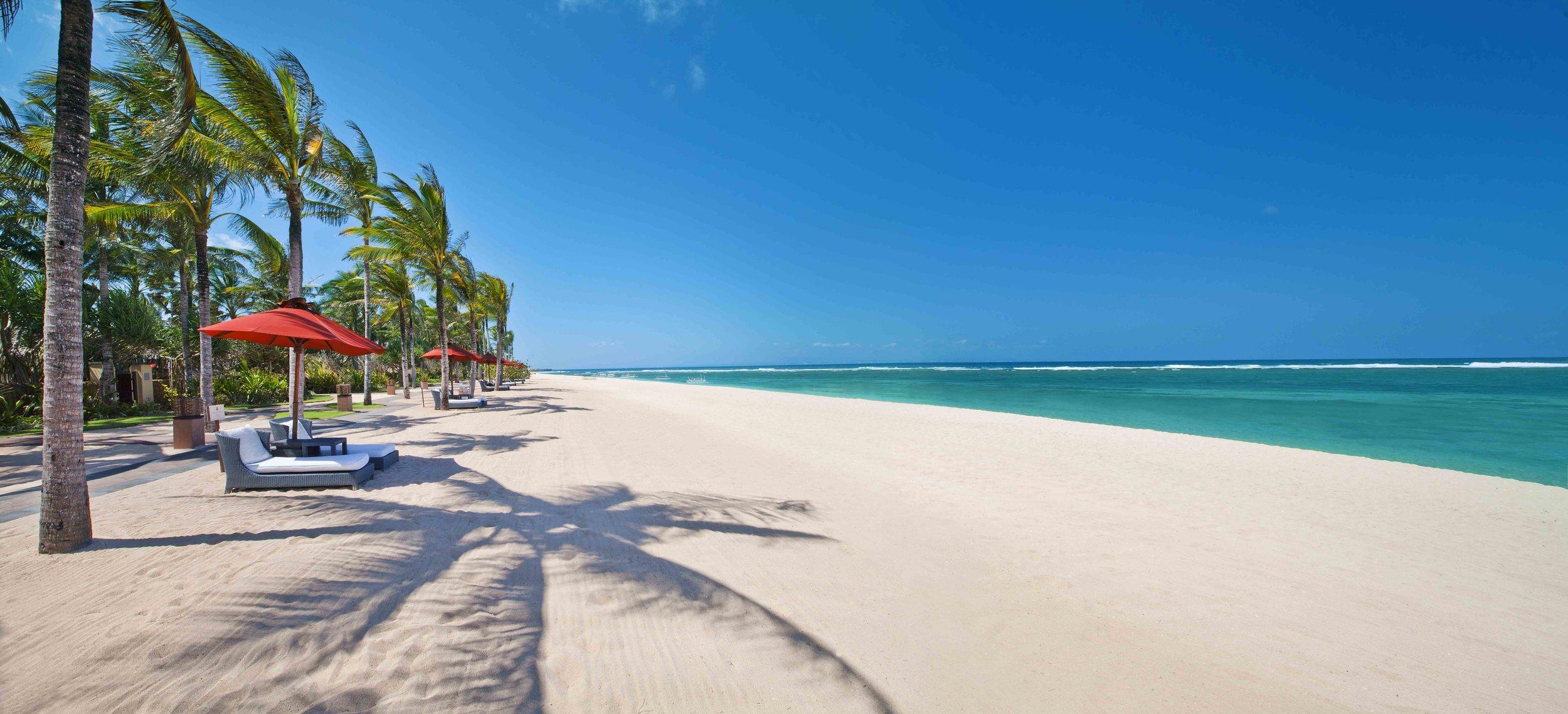 St Regis Bali Strand Villa Beachfront 1MB.jpg