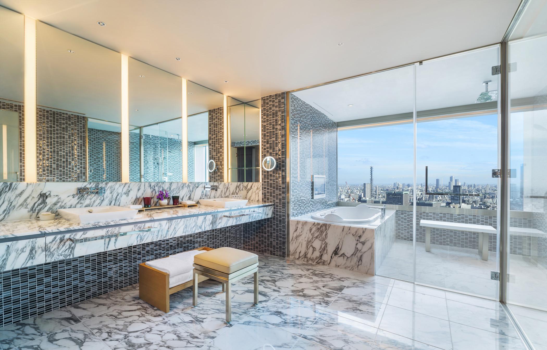 The Prince Gallery Tokyo KioichoDesigners Suite Bathroom.jpg