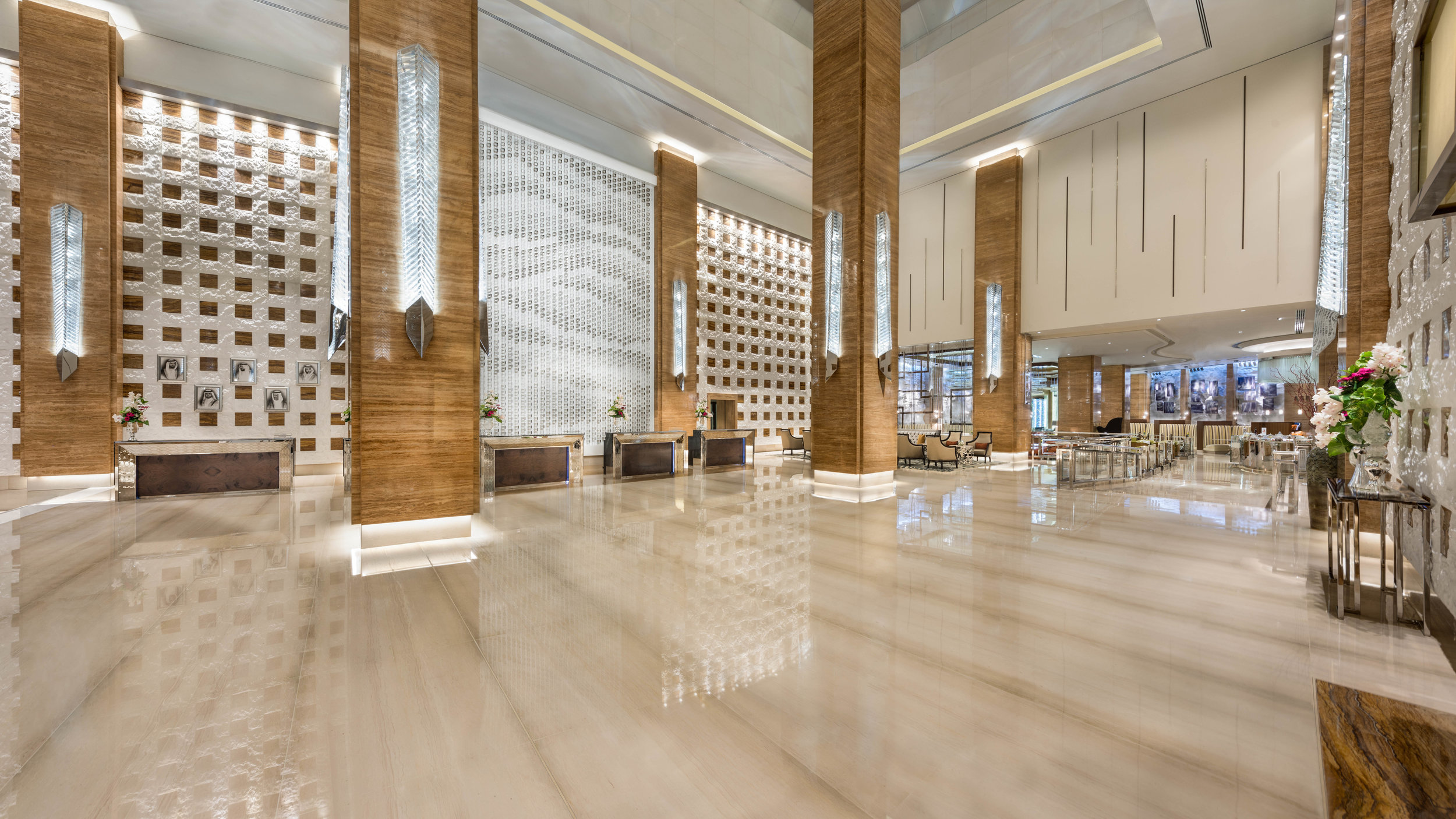 Kempinski Hotel Mall of the Emirates Dubai 3.jpg