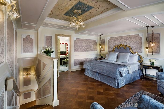 Baglioni Hotel Luna 1 resize.jpg