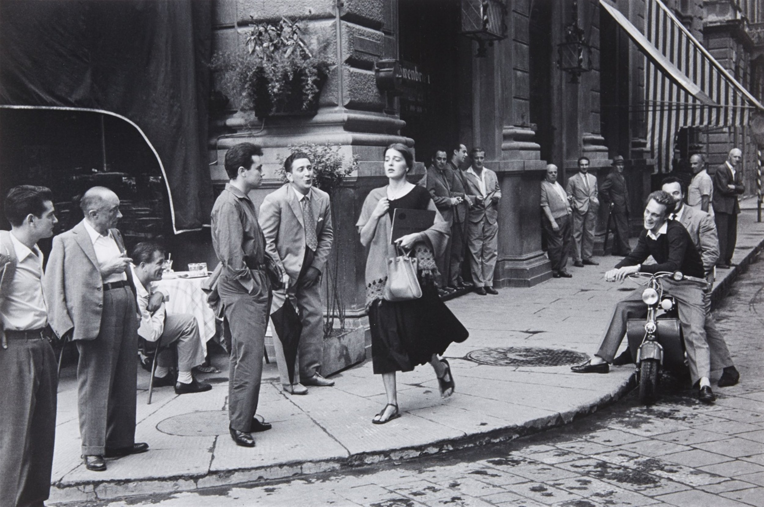 - According to the New York Times, the famousAn American Girl in Italy – by award winning American photographer Ruth Orkin – is the second most published photo of all time. It was taken right outside Hotel Savoy in the Repubblica Square, in the heart of Florence. The iconic photo captures Ninalee Craig, a young American woman who was traveling around Italy on her own in 1951.