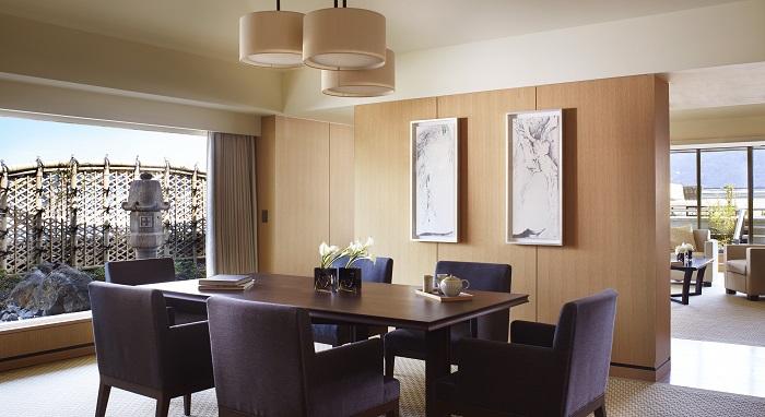 Ritz-Carlton, Kyoto Suite TSUKIMI_Diningroom - resize.jpg