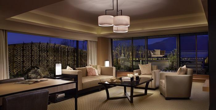 Ritz-Carlton, Kyoto Suite TSUKIMI_Livingroom - resize.jpg
