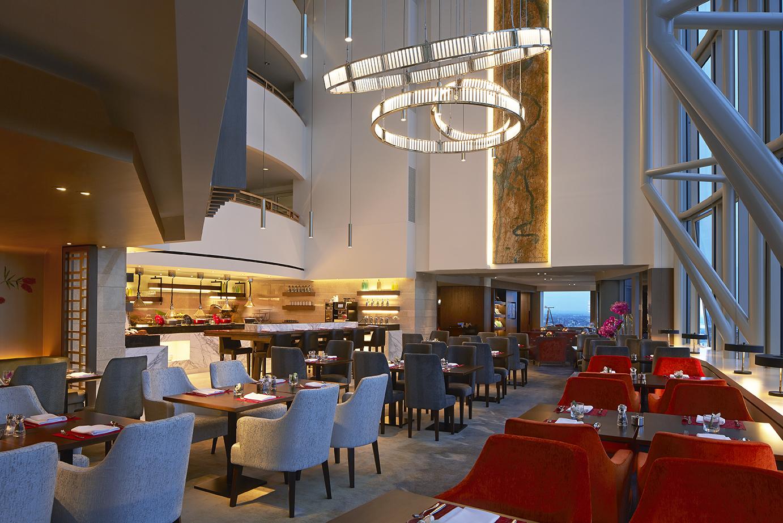 Horizon Club lounge at Shangri-La Hotel, Sydney (5).jpg