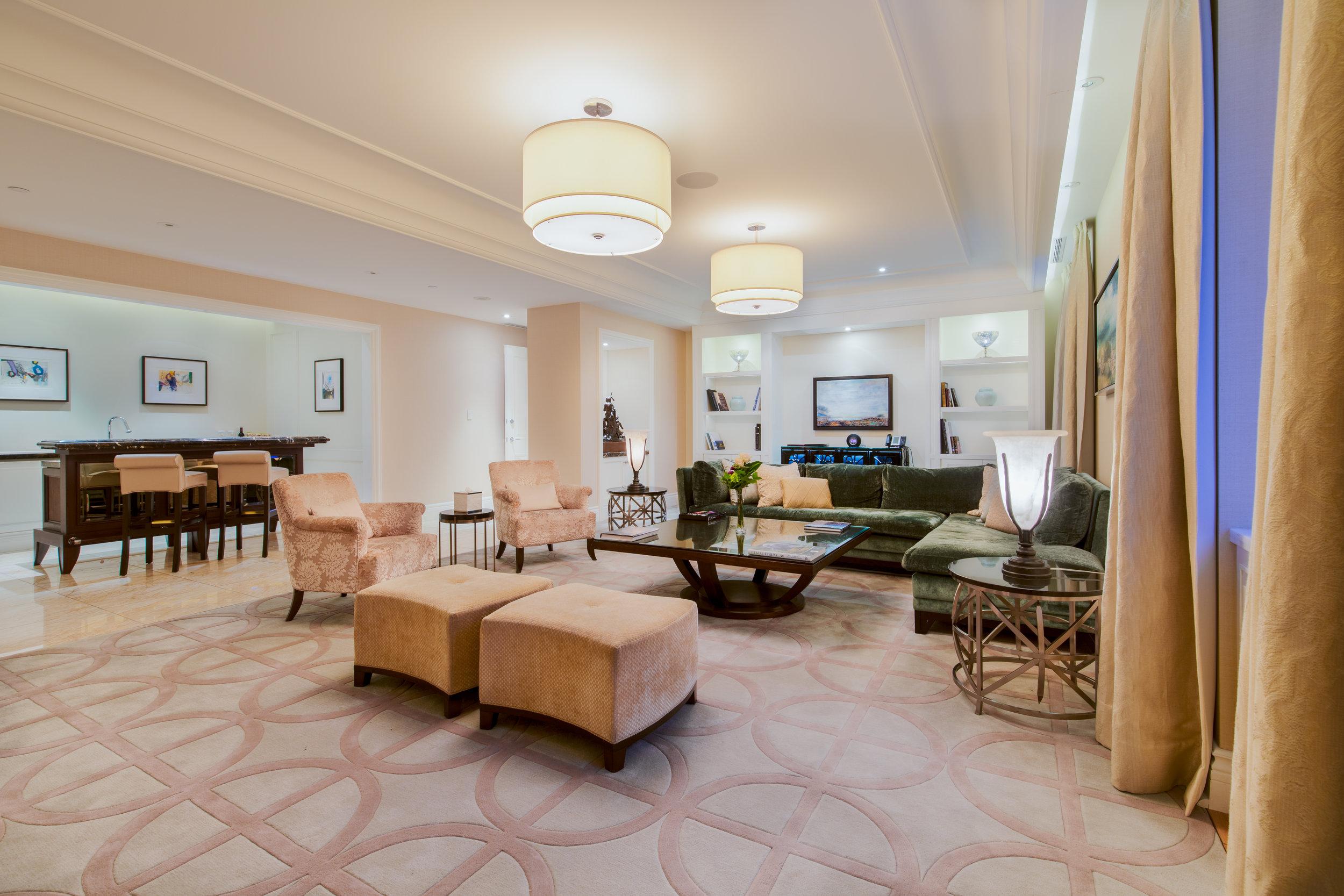 Royal Suite 4.jpg