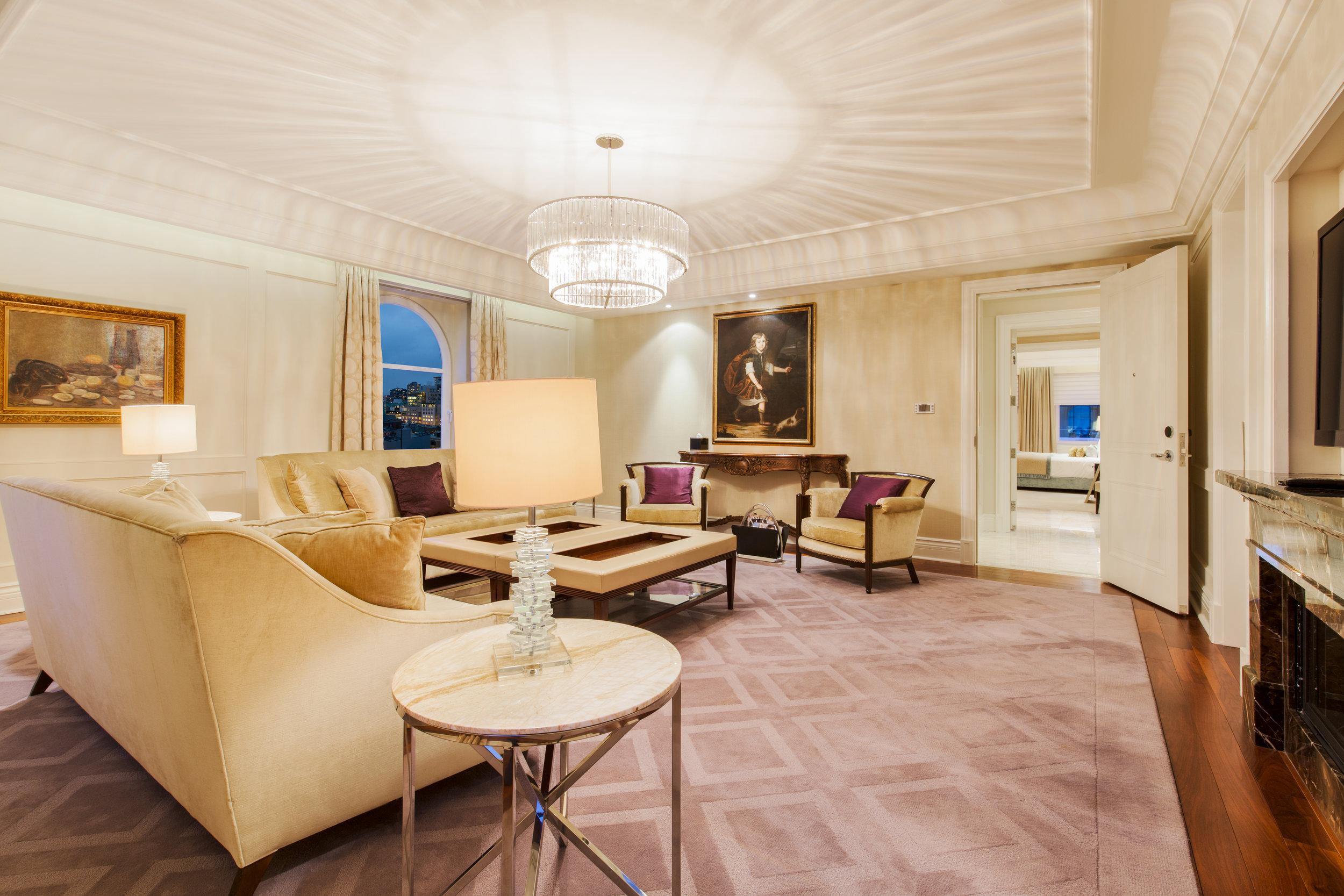Royal Suite 5.jpg