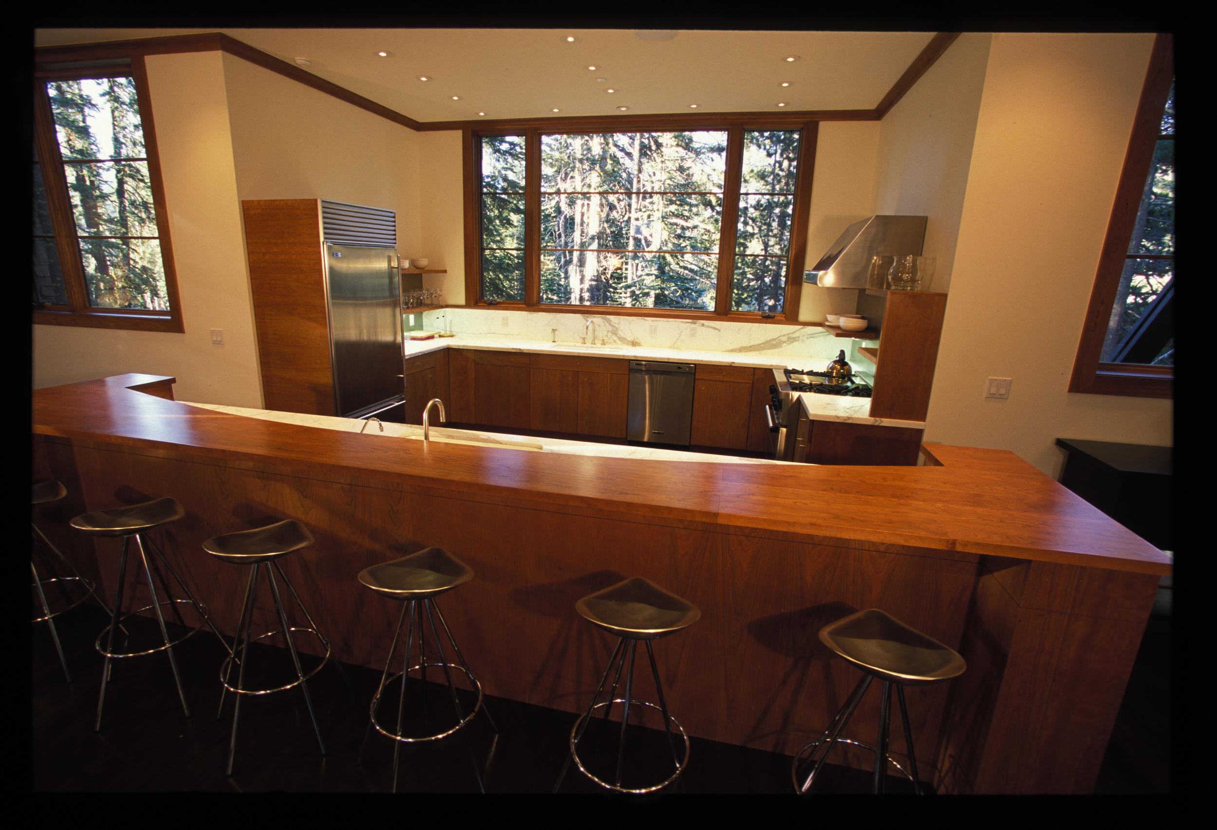 hj kitchen.jpg