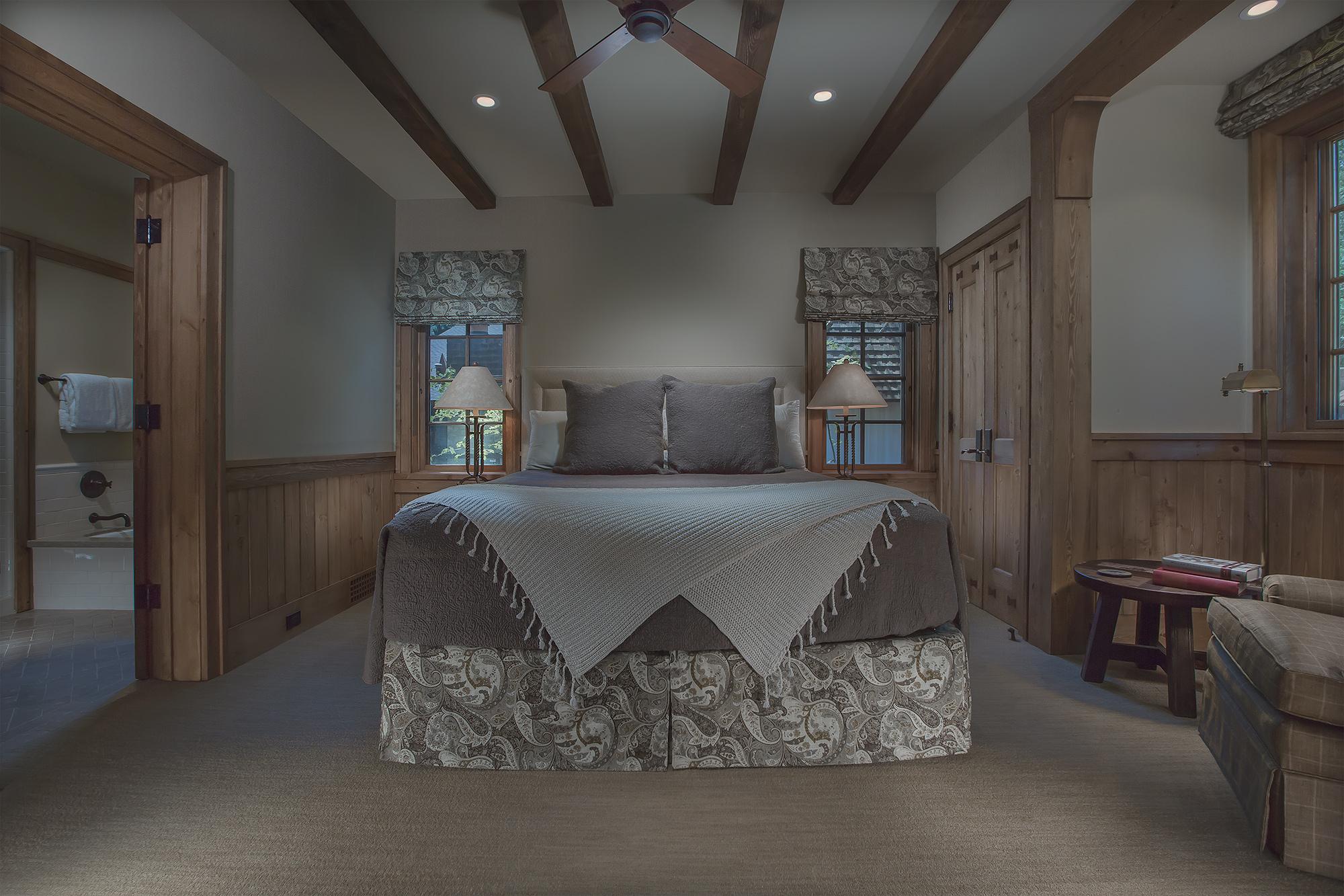 schwab-residence-guest-bedroom.jpg