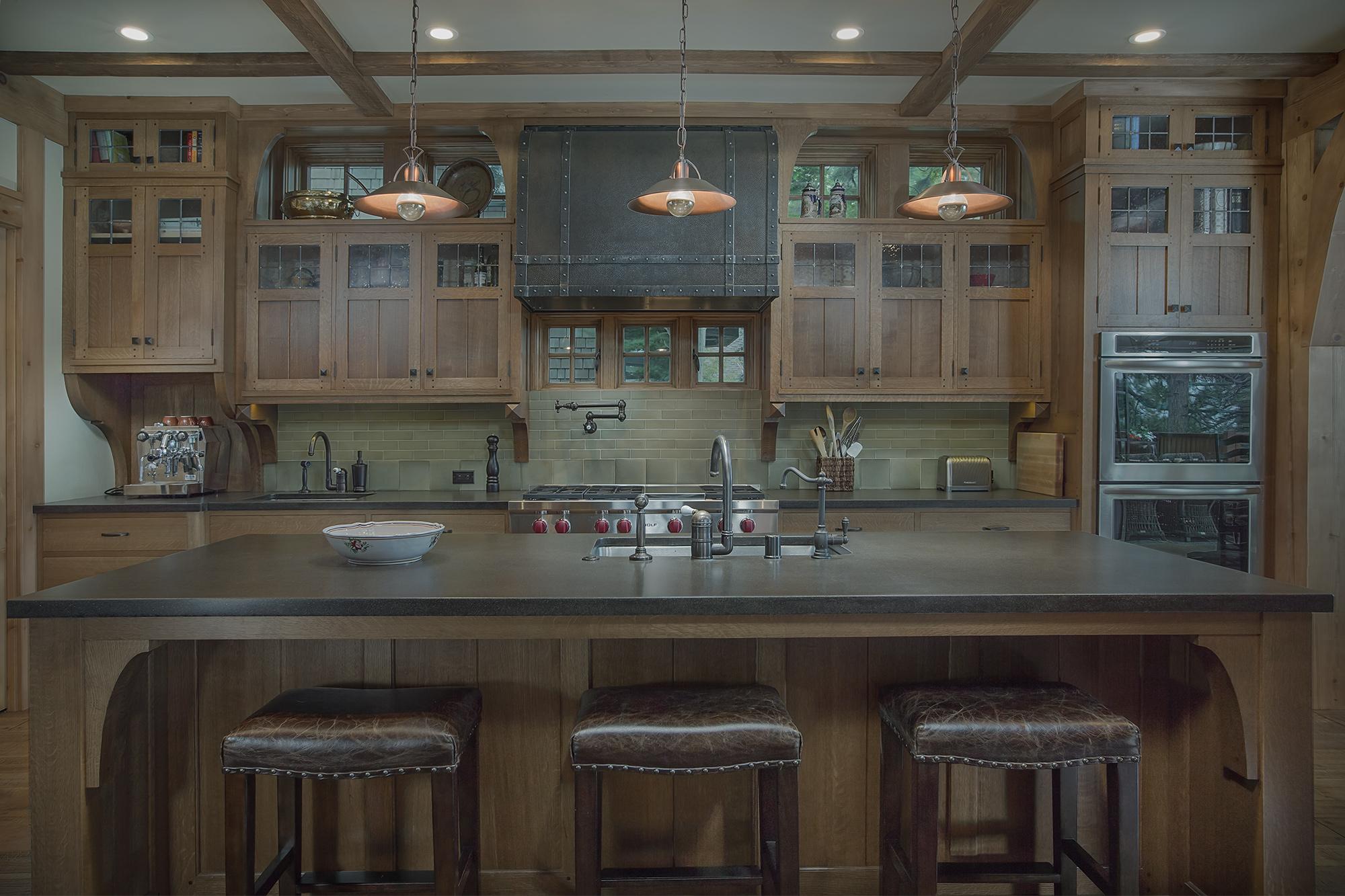 schwab-residence-tahoe-kitchen.jpg