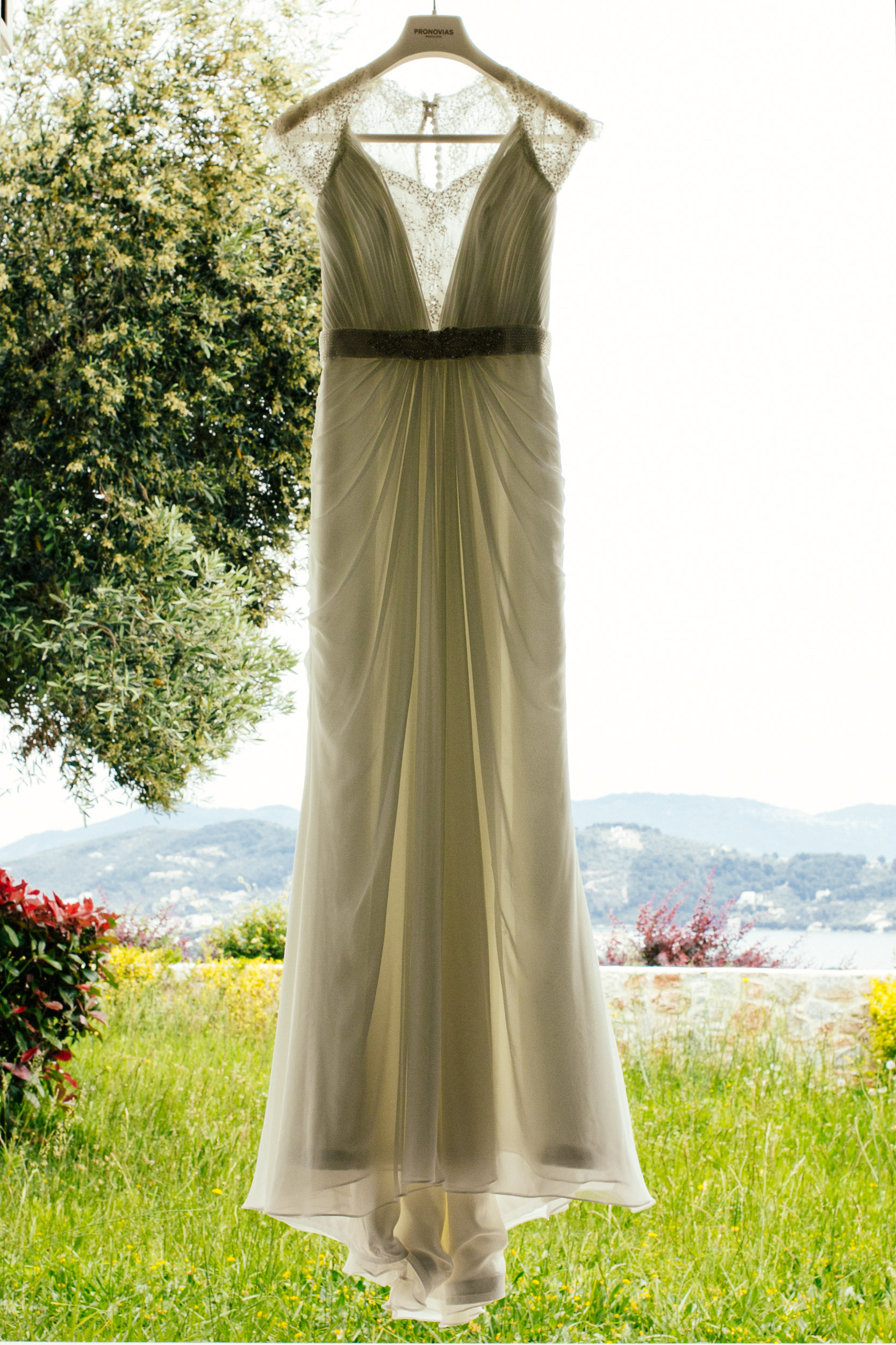 amy-marko-wedding-skiathos020.jpg