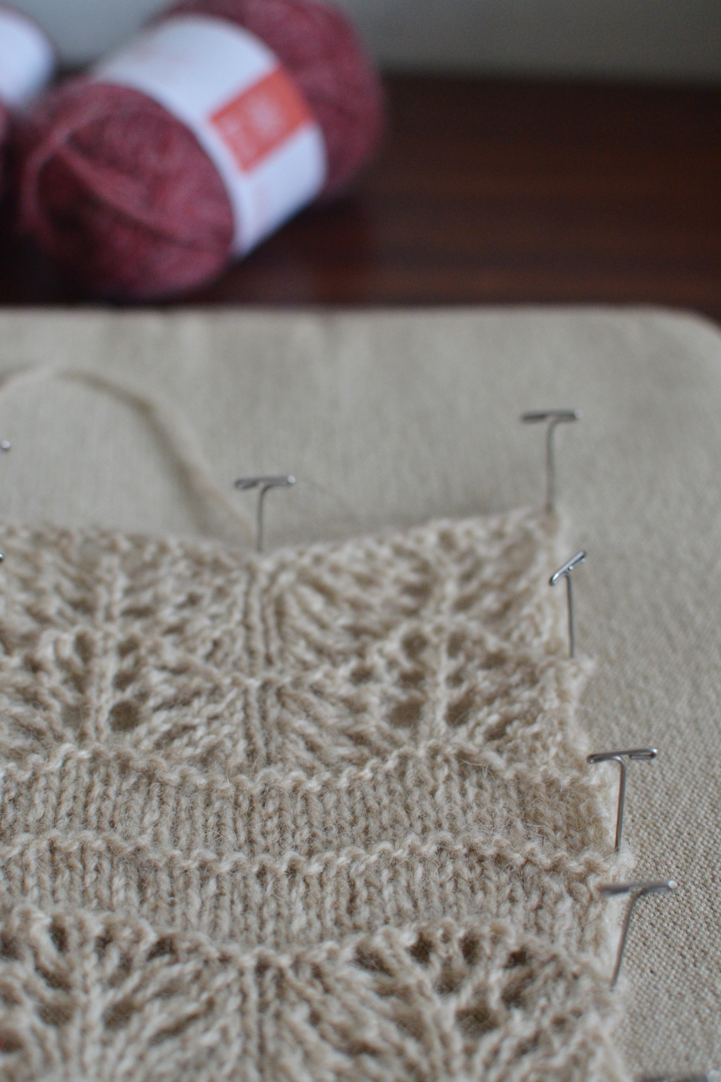 Swatches diary: Selkie swatch in Jamieson & Smith