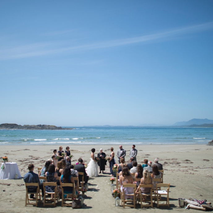 tofino+wedding