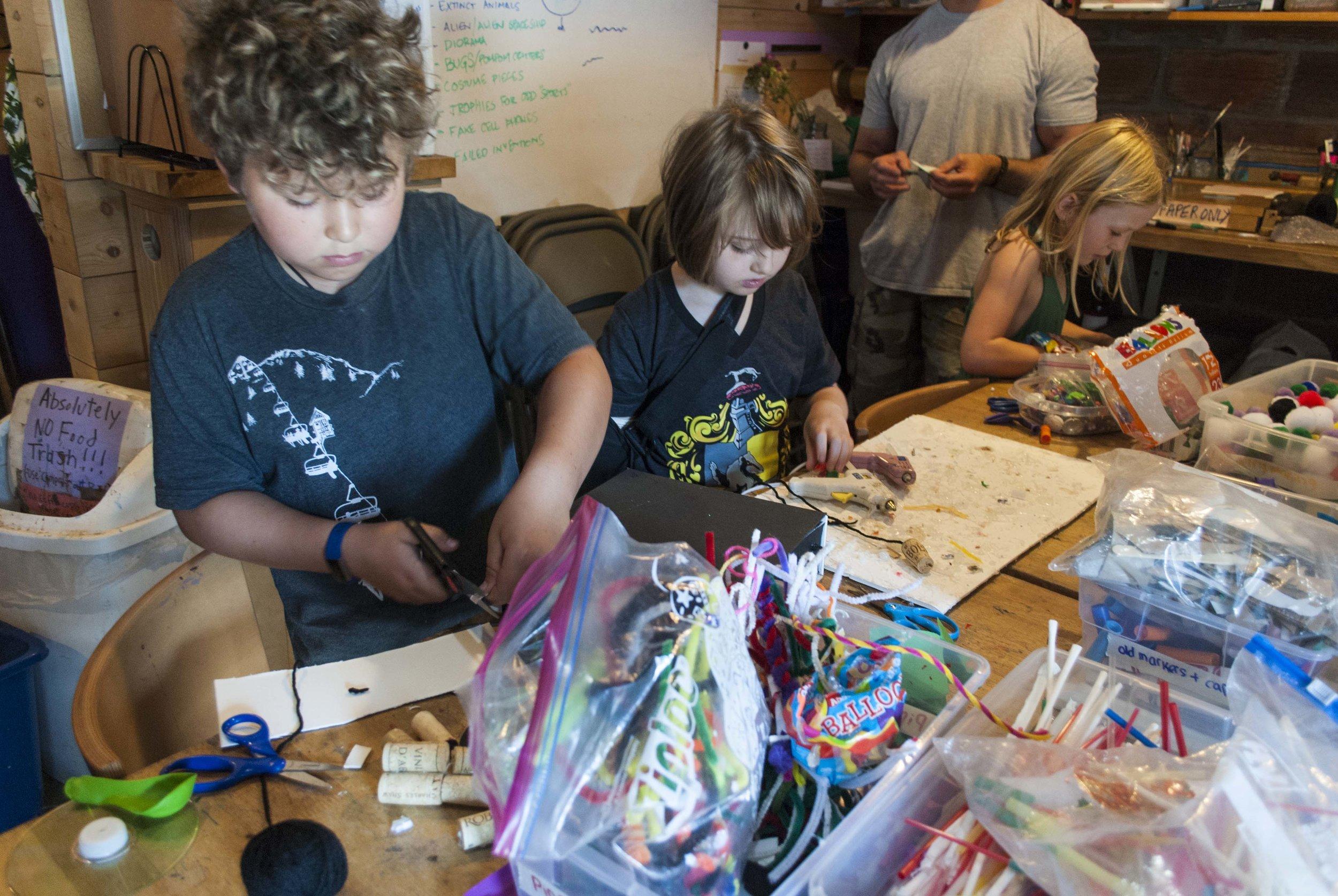 kids_making.jpg
