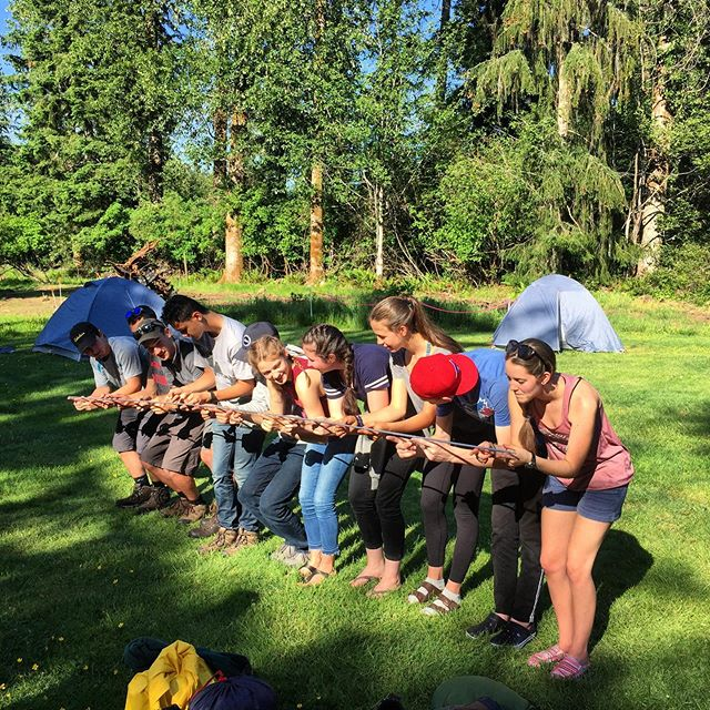 Our adventure discipleship program left for the Sunshine Coast Trail yesterday. 🌞🏕 • We spent some time doing team building activities at basecamp with them on Friday evening. • Any ideas that their task is in this activity?? • #ZaoOutdoors