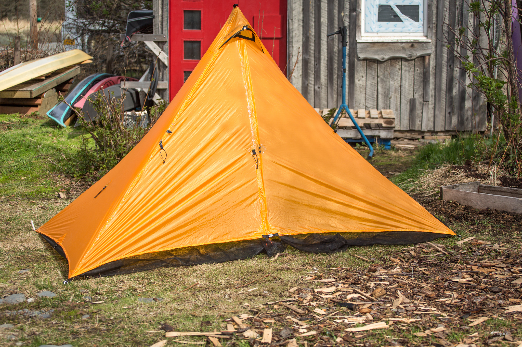 MLD Duo-Mid shelter with bug netting.