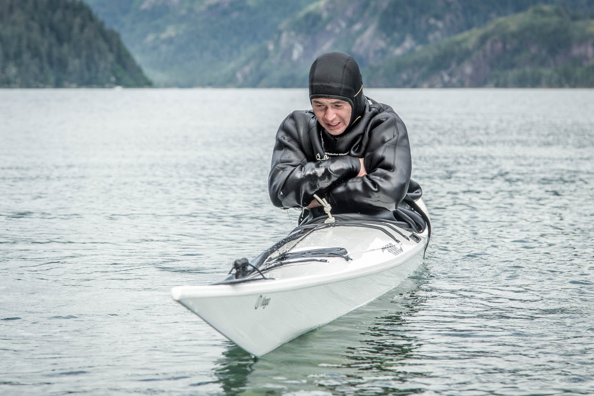 Maligiaq prepares for the most difficult roll - the Straight Jacket Roll - Resurrection Bay, Alaska.